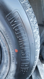 motomaster x 4 almost new 195/70/14 M&S all season tires