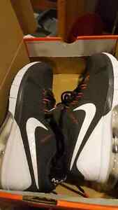 Nike runner. Brand new size 9 and 9.5 London Ontario image 7