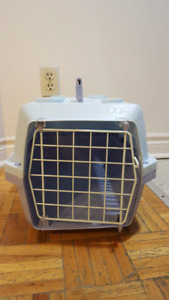 Small Pet Carrier/Kennel