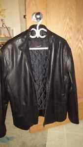 Danali Lamb Skin leather jacket size 38 Like New Condition