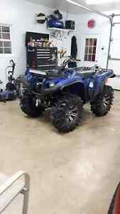 2014 Yamaha Grizzly 700 with alot of mods