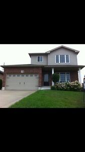 2 STOREY HOUSE FOR SALE  FINISHED WALKOUT BASEMENT