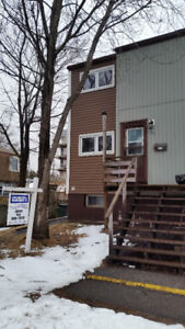 Good location 3 bed rooms condo in Millidgeville