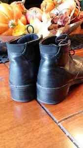 Ecco black leather boot style size 36 Cambridge Kitchener Area image 3