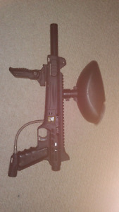 Carver one paintball marker / hopper / folding foregrip.