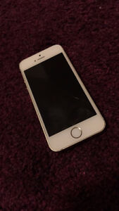 IPHONE 5S FOR SALE! WANT TO SELL ASAP