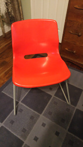 Retro red chair - adult sized