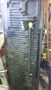 Black tailgate with step ford superduty $600