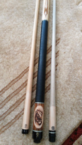 McDermott pool cue with two shaft