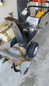 Craftsman Snow Blower 8.5 hp 27 in  100$  needs some TLC