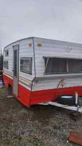 Small trailer 2 bed
