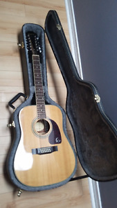 12 Strings Acoustic Epiphone with Hard case