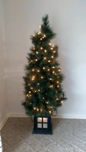 Ceramic Christmas Tree Lights | Kijiji in Ontario. - Buy, Sell ...
