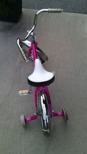 "VÉLO POUR FILLE 14 POUCES / SMALL BICYCLE 14"" FOR GIRLS"