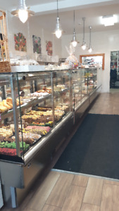 Pastry/Deli Showcase 12 feet self contained