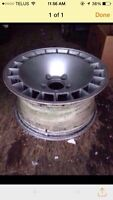 Set of 4 15 inch 5 by aluminum rims