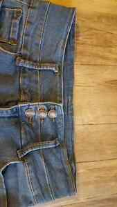 Size 29 Blue notes perfect condition jeans. London Ontario image 2
