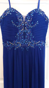 $125.00 obo  Beautiful prom dress