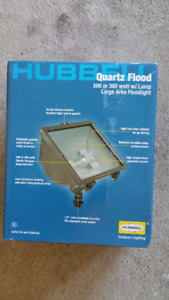 Hubbell Lighting NEW 300-W Quartz Outdoor Halogen Bronze $30each