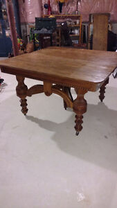 Beautiful Ornate Antique Table with 6 Chairs