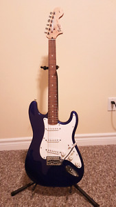 Fender Squier Affinity Stratocaster and Fender amp