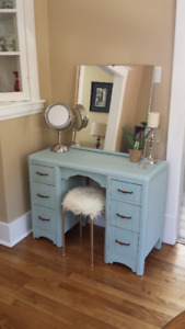 Get ready in style with this antique vanity! $225 OBO