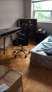 Summer sublet(May to August) 10min walk to  UWO