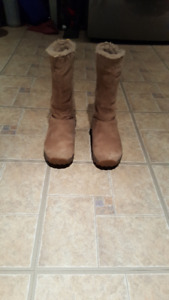 Patagonia Women's boots, size 6.5 - $40.00