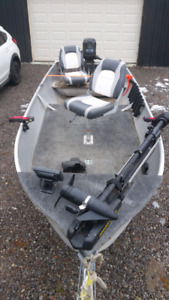 14ft aluminum fishing boat- No trailor