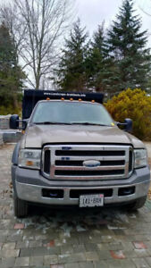 Ford F-550 4x4 SuperCab XLT Dump Box From California One Owner