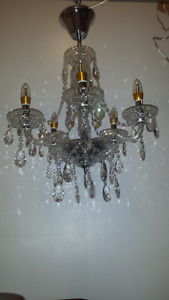 Chandelier lustre traditionel neuf