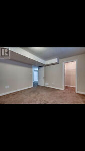 Bright spacious rooms for rent London Ontario image 3