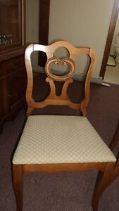 Dining table/5 chairs and china cabinet buffet Kawartha Lakes Peterborough Area image 2