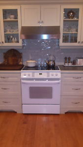 Kenmore Slide -in Kitchen Stove