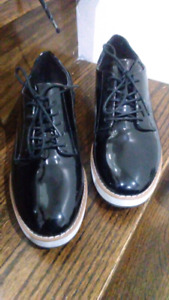 NEW BLACK OXFORDS FOR THE PRICE YOU SET