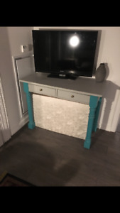 solid wood desk/ tv stand