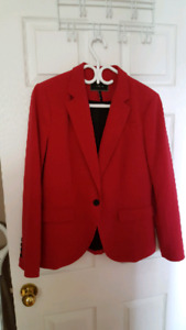 Le Chateau Size Large New Condition $10