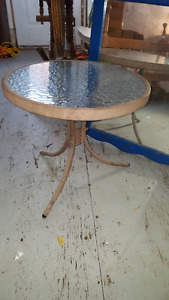 Vintage glass and metal table to paint