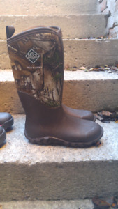 Boots. Hunting/Hiking/Wilderness