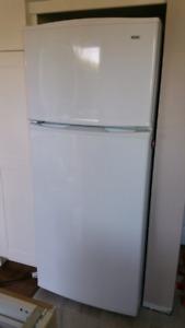 """Kenmore 30"""" refrigerator(very good condition )"""