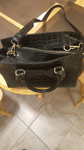 Nice purse - NEW & GOOD CONDITION