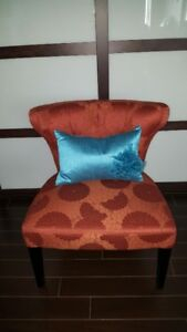 Chair - Beautiful Accent Chair in perfect condition!