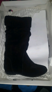 ALDO boots Ruffo style, NIB, size 6