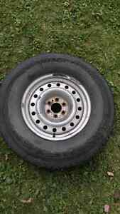 4 winter tires 265/70R16 on steel rims 6-bolt pattern