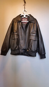 Men' s Black Leather Jacket
