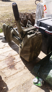 Evinrude 9.9  runs well 500 obo perfect for duck hunting