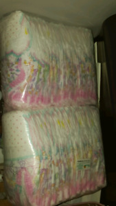 Baby girl diaper size 4 easy up
