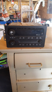 2002  factory cd player