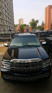 PRICE REDUCED!!! 2008 LINCOLN NAVIGATOR! FULLY LOADED!! LOW KM!!