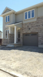 4 Bed-Brand New Townhouse-1880 sq ft for Rent in Hamilton